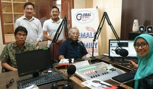"""""""Yayasan Paliatif Surabaya Pembawa Pelita di Kegelapan""""bersama Prof. Sunaryadi dan team"""
